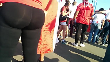 Juicy big butts latina milfs in tight lycra