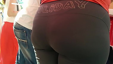 Fat ass milfs in sweatpants