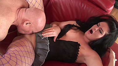 Stunning MILF in fishnet stockings gets her muff eaten by a hunk before banging