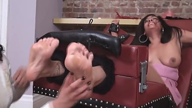 sexy layla Horribly Ticklish
