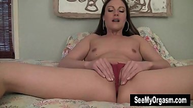 Superb MILF Samantha Masturbating For Orgasm