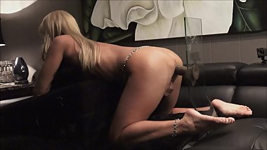 AMATEUR WIFE RIDES HER 10 INCH DILDO HARD - ORGASMS