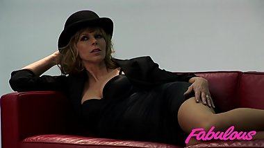Kate Garraway Hot Photo Shoot HD