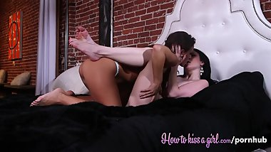 Ass and Pussy Licking With Abigail Mac and Veruca James
