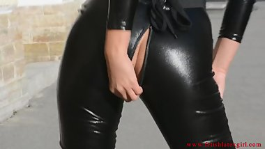 Fetish Lady - Latex Mona