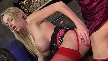 Hot blonde in stockings gets pounded by a roman soldier