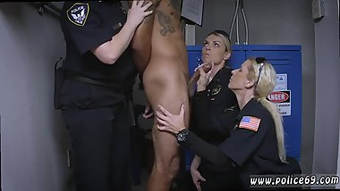 Milf takes young Don't be dark-hued and suspicious around Black Patrol