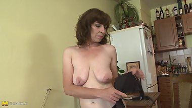Mothers pussy and tits
