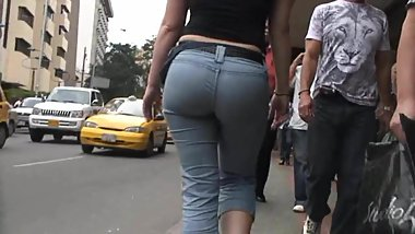 Candid latina big ass