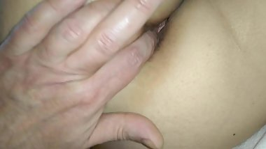 Finger my wife's asshole, taste so good