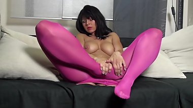 Desyra Noir in sexy red-purple pantyhose
