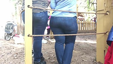 PAWG Gilf in Jeans at Festival