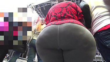 Mega booty latin woman
