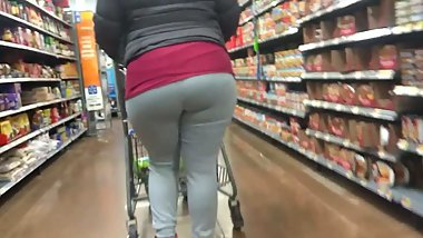 Curly Haired MILF in Grey Sweats Candid Finale