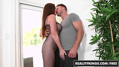 RealityKings - Milf Hunter - Jessica Rayne Levi Cash