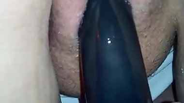 Dildo fucking till she squirts