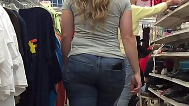Perfect PAWG Ass on Blondie