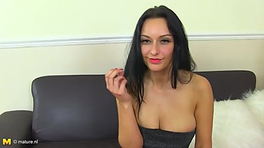 Beautiful MILF with perfect body gets orgasm