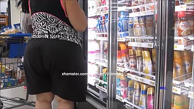 Big Booty Loose Shorts White Woman