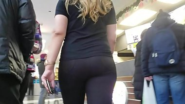 Blonde with big sexy ass
