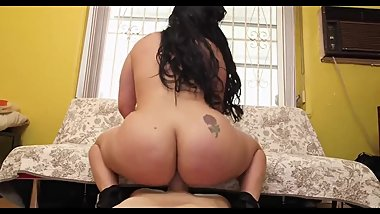 bootylicious latina milf  gets pounded and facialised