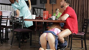 College couple fuck in a diner with the mature waitress