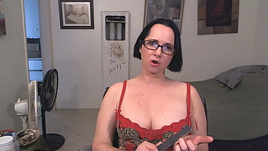 SPH HUMILIATION MISTRESS BORED WITH YOU