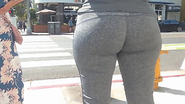 Grey leggins Curvy ASS Latina