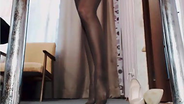 Black Pantyhose on Webcam