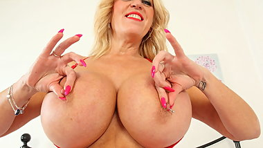 UK milf Shannon Blue will spoil you with her huge tits