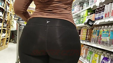 Monster Ass Ebony GILF!! Pt. 3