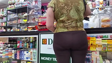 Latina Gilf In Brown Leggings With Pline