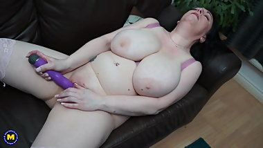Dirty mature mother needs a good fuck